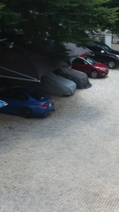 Der Fuhrpark nebenan